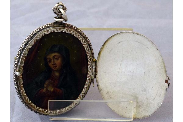 Relicario dos tapas Virgen
