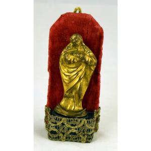 San Juan bronce dorado