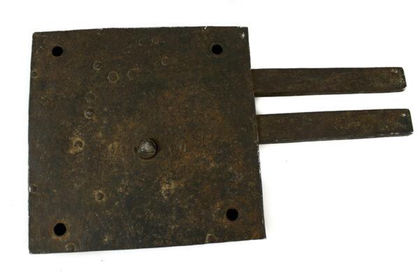 Cerradura hierro frontal