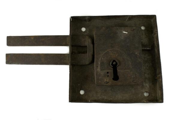 Cerradura hierro trasera